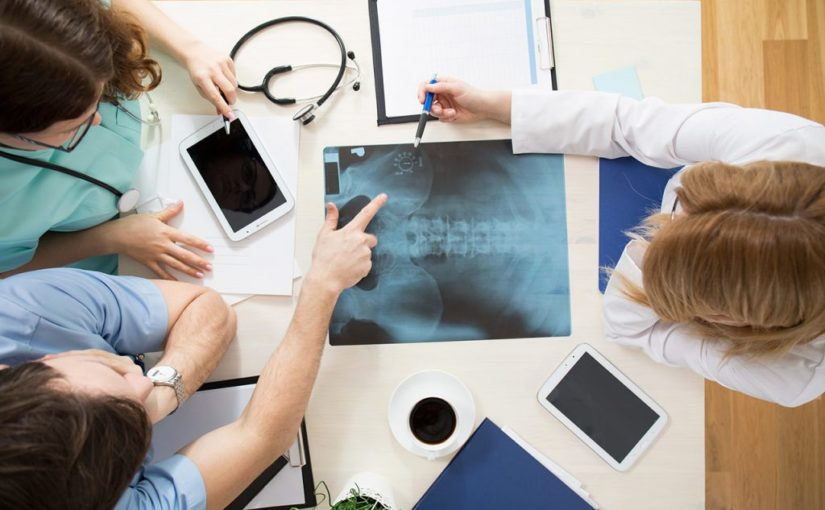 Leczenie osteopatią to leczenie niekonwencjonalna ,które ekspresowo się ewoluuje i wspomaga z problemami zdrowotnymi w odziałe w Krakowie.